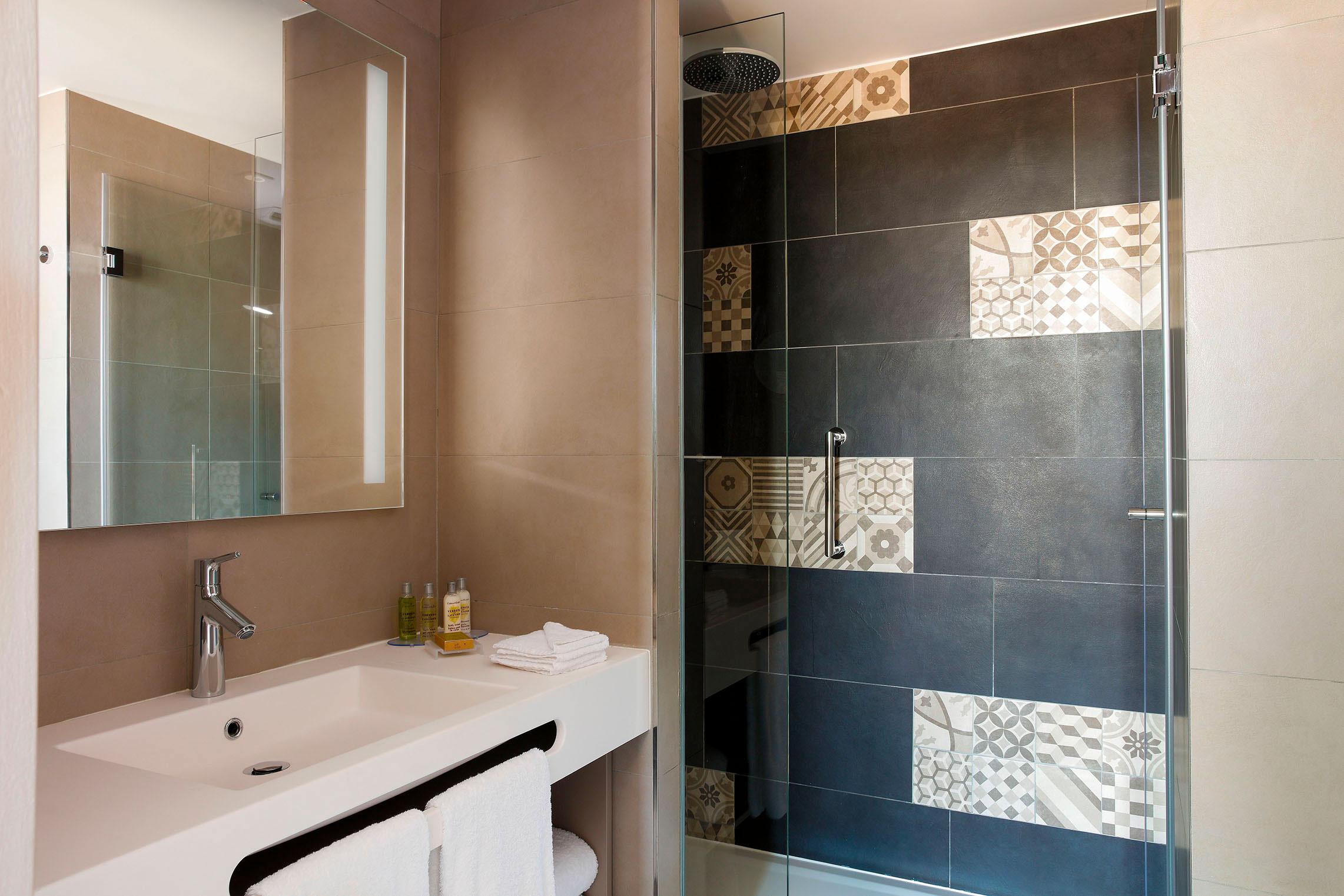 Hilton Garden Inn Bordeaux Centre - Suite Familiale - Salle de bain